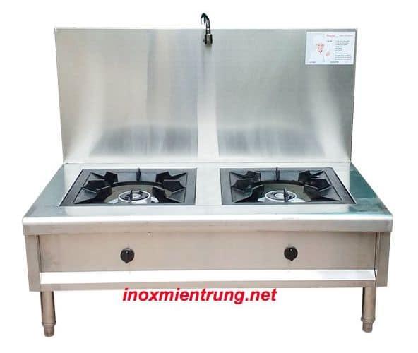 Bếp hầm thấp đôi inox có nước cấp nấu, thành gáy cao.